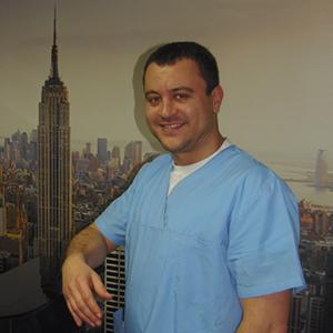 Д-р Васил Недялков Лекар по дентална медицина
